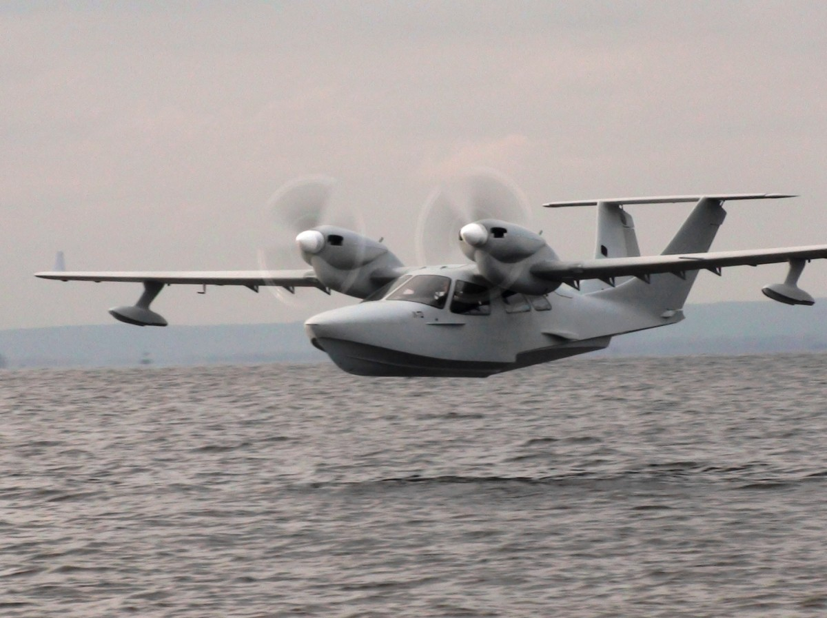 The new L-72 6-seater amphibian - SeaBear Aircraft